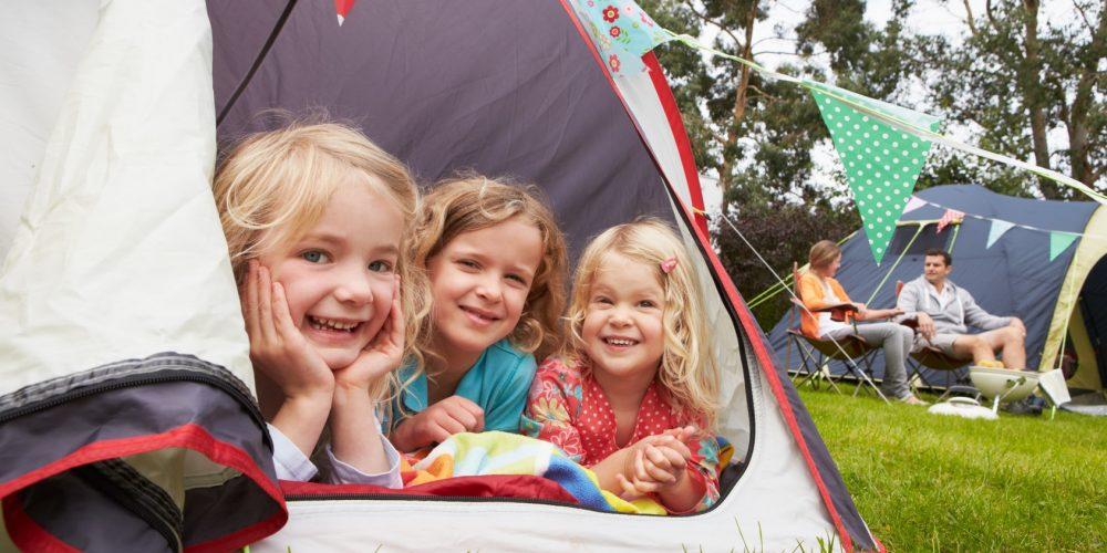 generique-enfants-tente-1