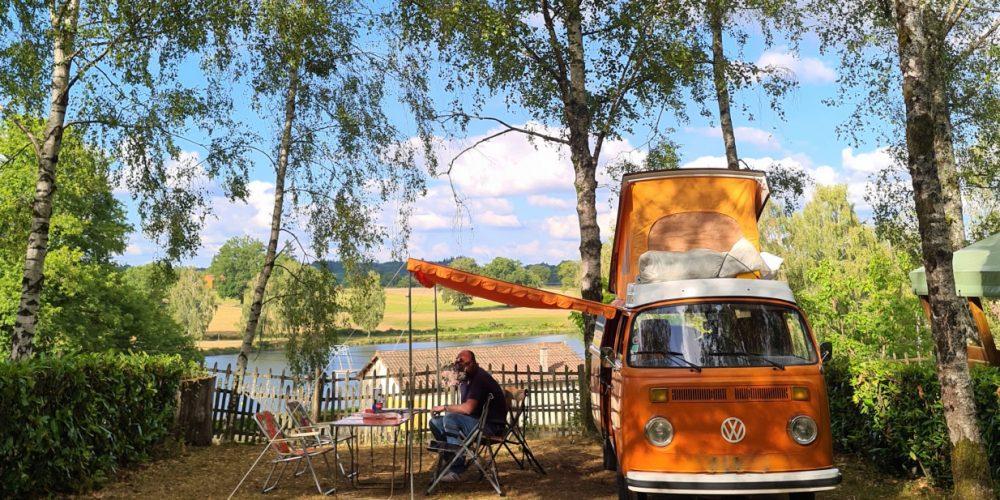 Camping l'Air du Lac - Combi sur emplacement privilège